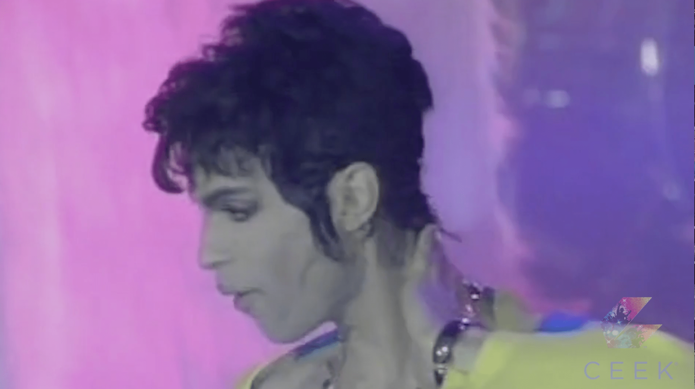 Prince Performs The Most Beautiful Girl In The World at the World Music Awards