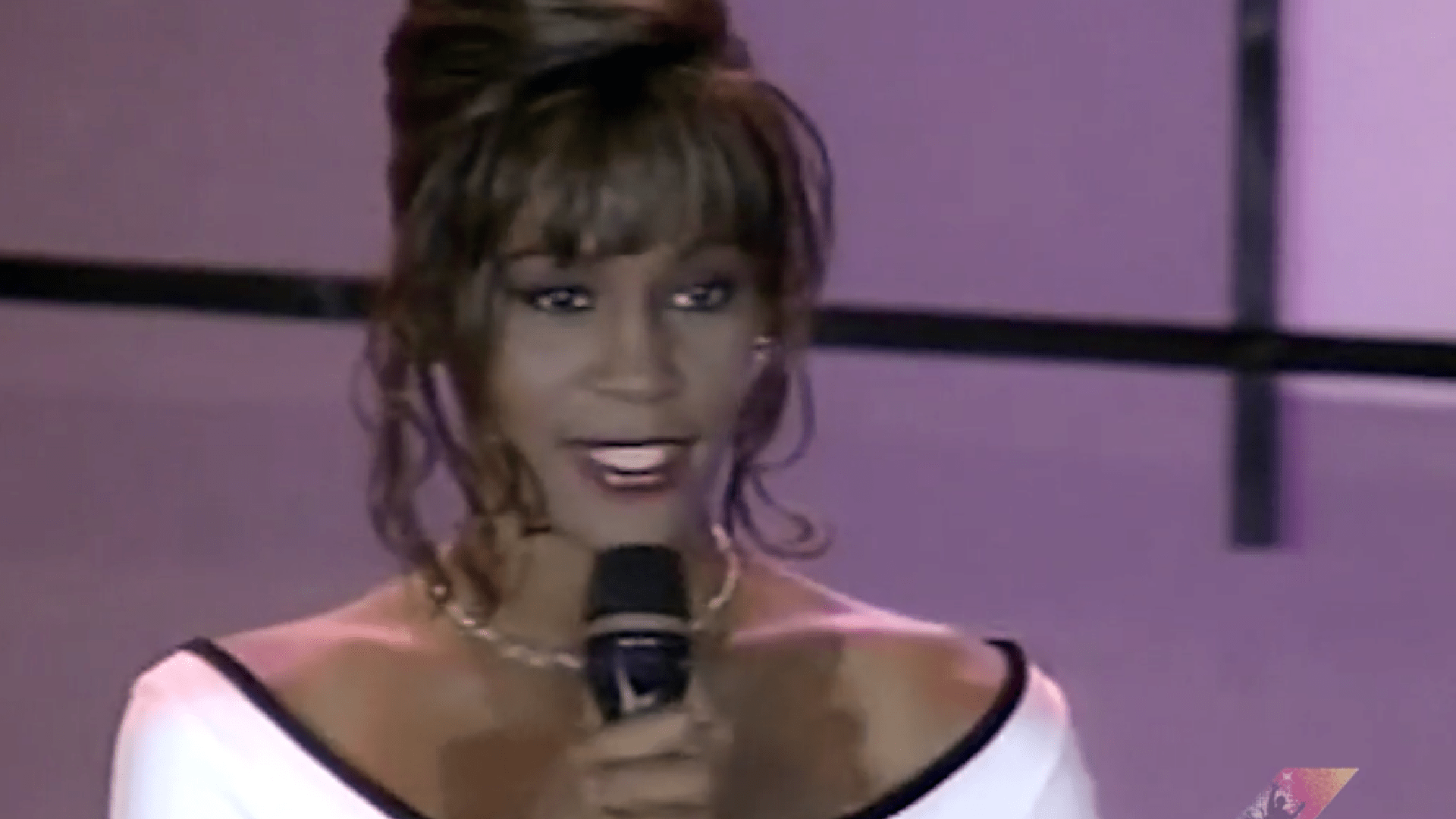 Whitney Houston Performs I Will Always Love You At World Music Awards